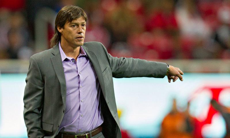 Almeyda refrendó su compromiso de sacar a Chivas del descenso.