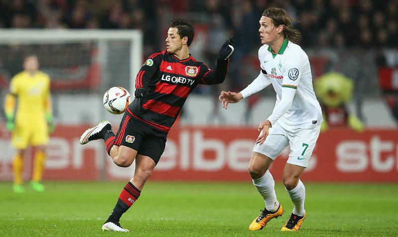 El conjunto alemán no asegura la continuidad de Chicharito con el club la siguiente temporada.