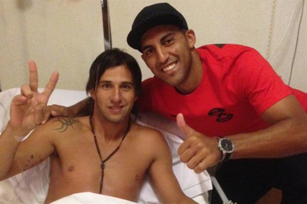 Wanchope Ábila fue a visitar a su amigo Patricio Toranzo en la clínica.