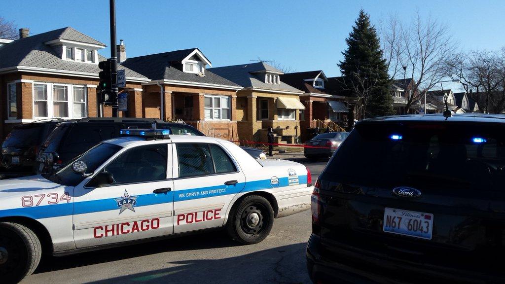 Un hombre resultó herido el domingo al recibir un disparo en el barrio de La Villita.