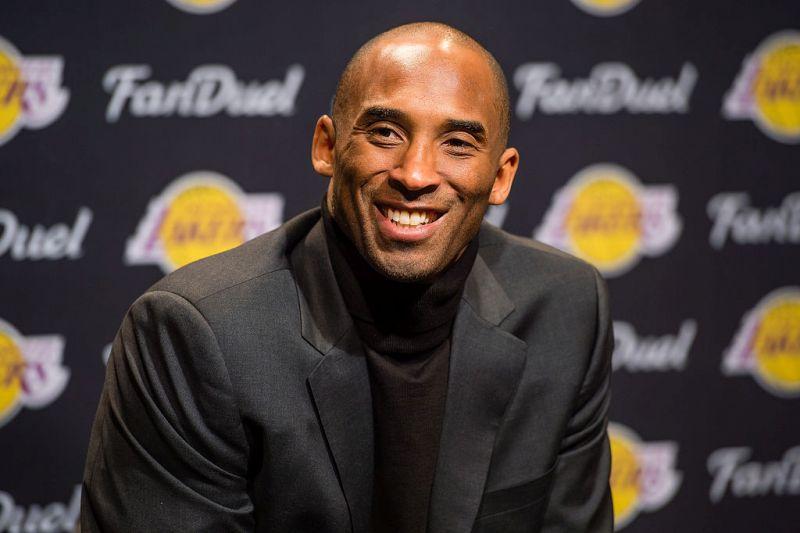 Kobe recibe ovación en Cleveland pero Lakers vuelve a perder