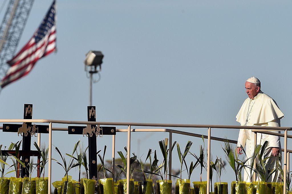 El Papa rezó en la frontera entre México y Estados Unidos.