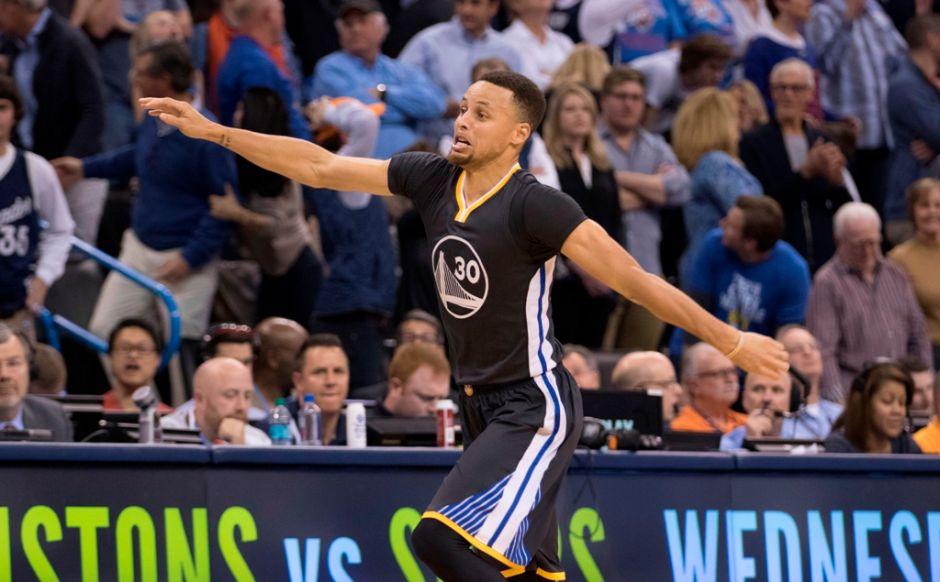 El juego más memorable de Stephen Curry provoca a Magic Johnson: puede ser el más grande de la historia