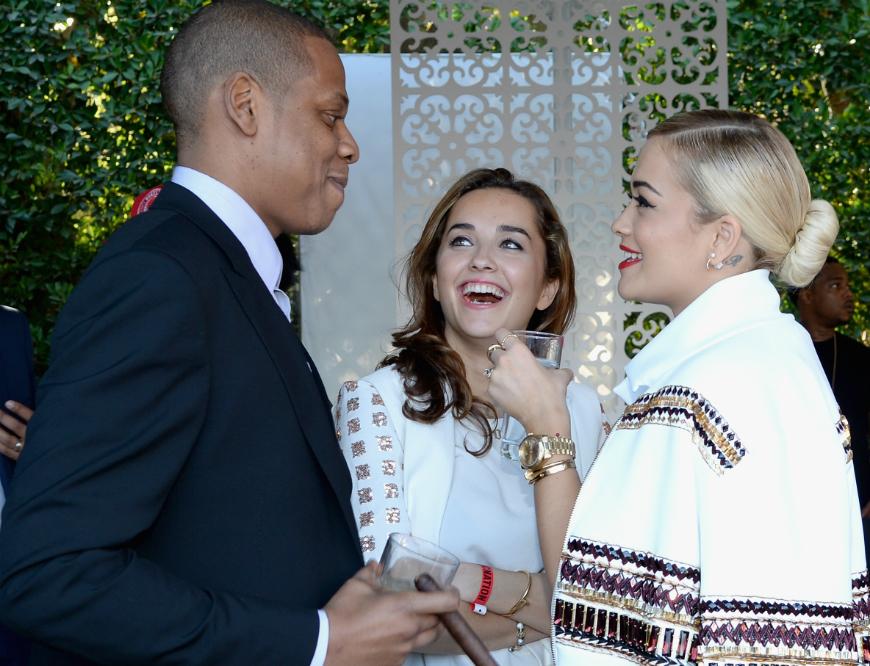Jay Z demanda a Rita Ora por incumplimiento de contrato