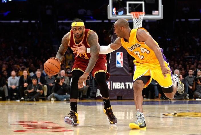 Kobe visita por última vez la casa de LeBron