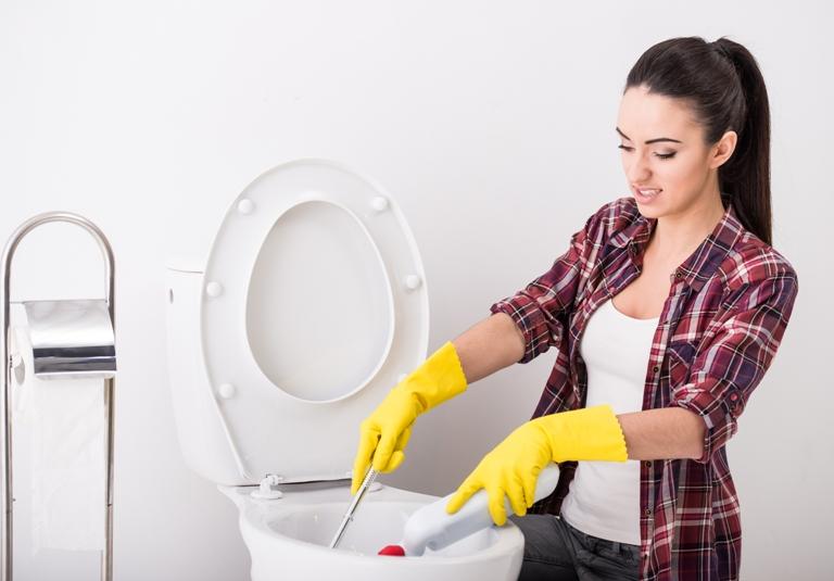 Millennials limpian sus baños con menos frecuencia que otras generaciones antecesoras