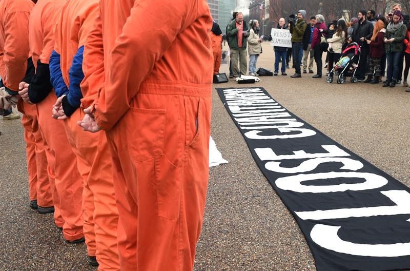 Critican ausencia de reparación por las detenciones clandestinas de EEUU