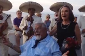 Doña Florinda y el Profesor Jirafales se reúnen y lo que hacen es épico (video)