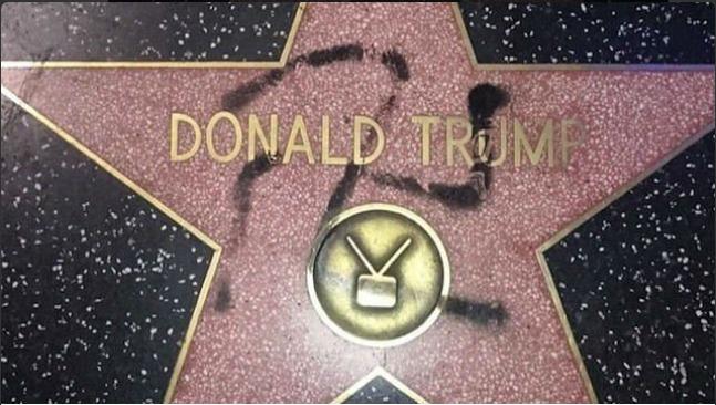 Dos miembros del Concejo de West Hollywood buscan librarse de la estrella de Trump en Hollywood