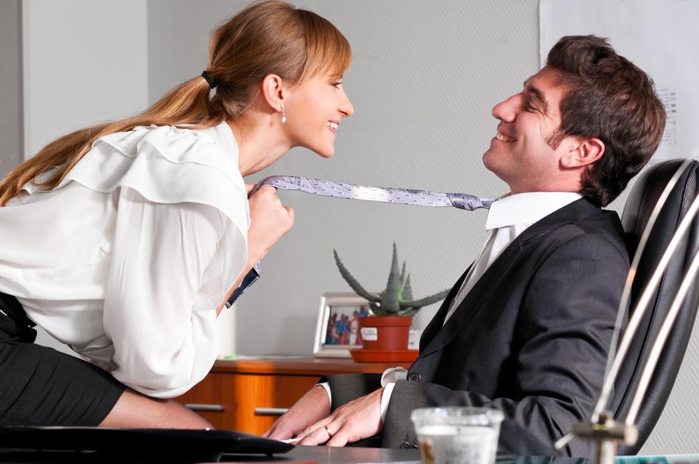 Las relaciones sentimentales en el trabajo tienen pros y contras.
