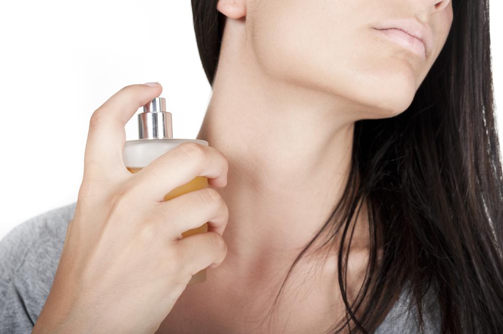 ¿Por qué el perfume huele diferente en cada persona?