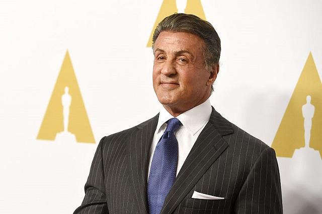 Sylvester Stallone pone a la venta su extravagante Cadillac Escalade que tiene una Smart TV de 43 pulgadas