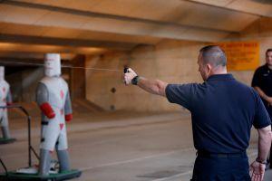 Aumenta el uso de gas pimienta contra reclusos en cárceles juveniles de Los Ángeles