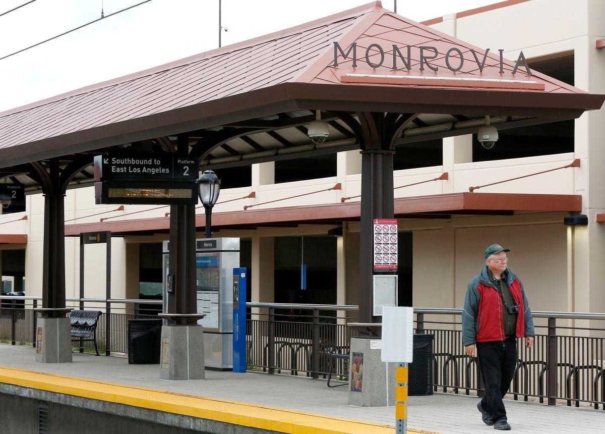 A finales de junio tendrás que pagar por aparcar en estas estaciones de Metro