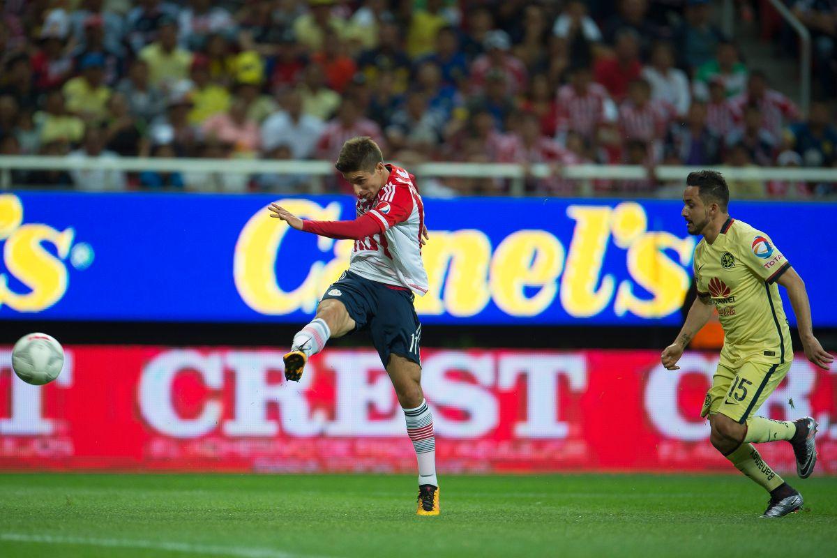 El gol anulado del 'Conejito' Brizuela en el Chivas vs América