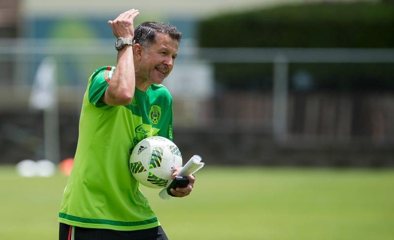 Osorio ve en Paraguay y Chile semejanzas en rivales del Tri en Copa América Centenario