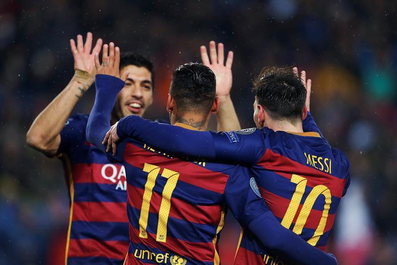 Barça, a cuartos de la Champions por noveno año al hilo con goles del tridente MSN