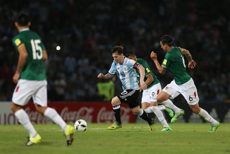 Video: La joya de Messi que no pudo ser, 'a lo Maradona' ante Bolivia