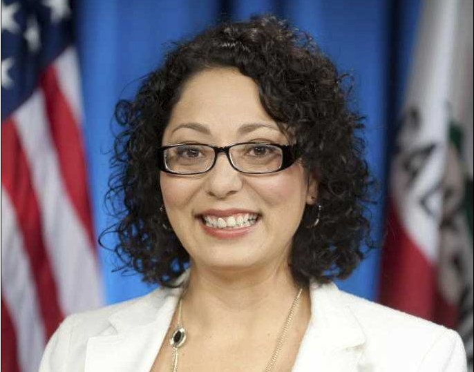 La asambleísta Cristina García.