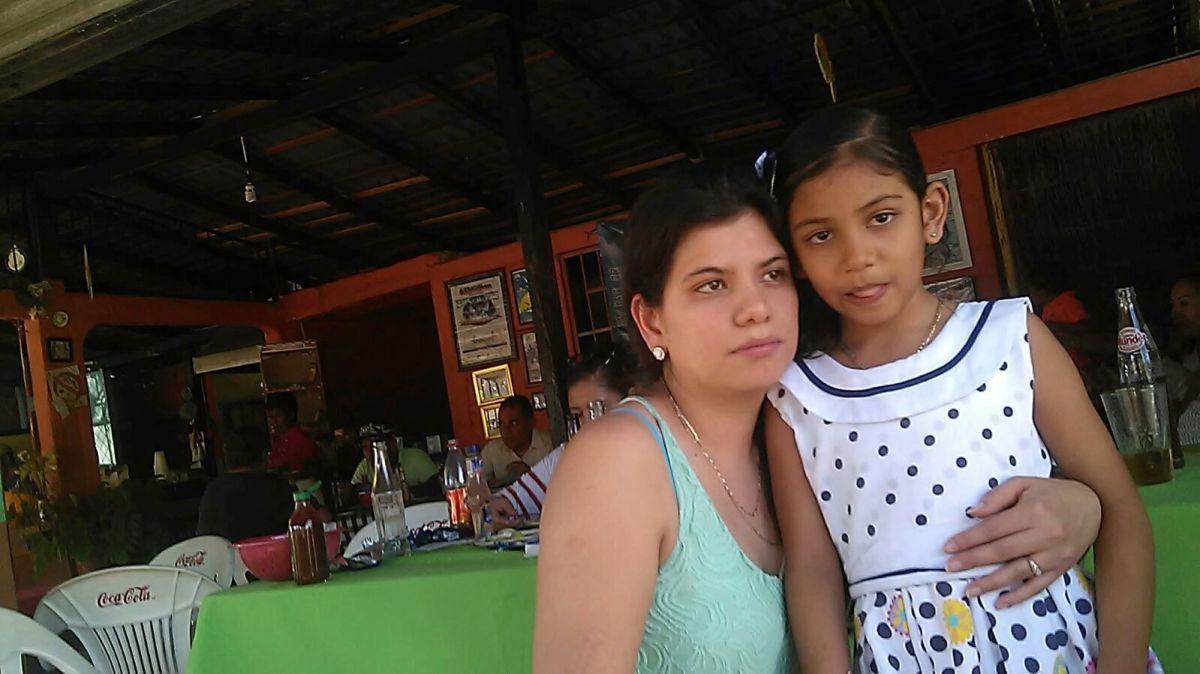 Madre migrante pelea durante ocho años la custodia de su hija
