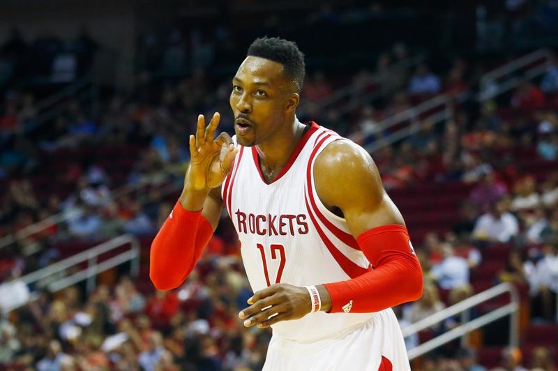 Dwight Howard de los Houston Rockets, el nuevo 'sticky hands'.