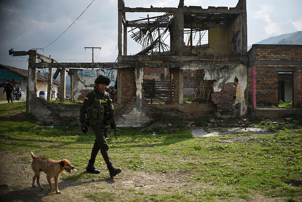 Paramilitares paralizan en Colombia una región más grande que Jamaica