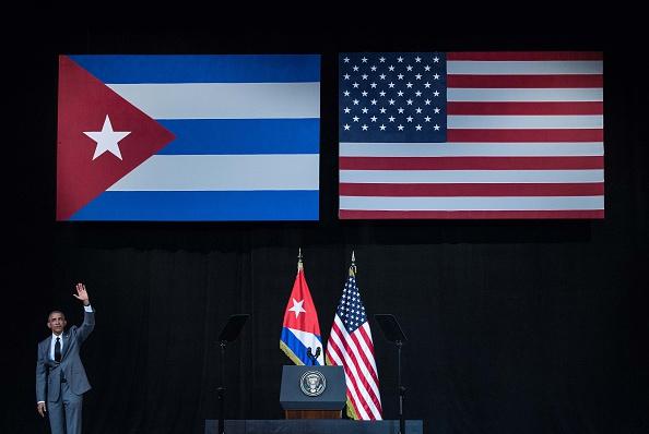 Republicanos crucifican a Obama por Cuba y por ataques en Bruselas