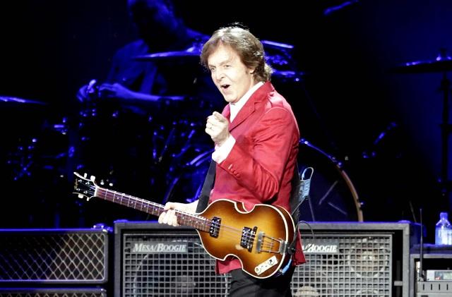 Quiere Paul McCartney recuperar sus temas de exempresa de Michael Jackson