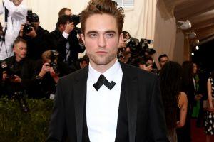 Fan de lo sencillo: Mira la camioneta que Robert Pattinson compró por Internet hace años