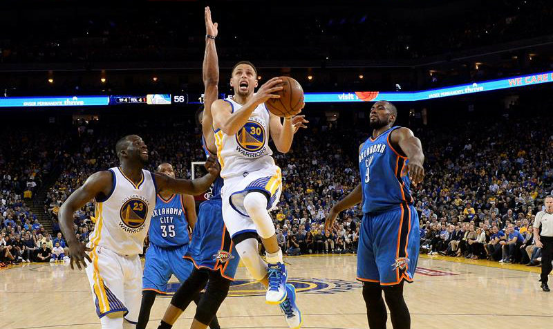 Warriors imponen un récord más en la historia de la NBA