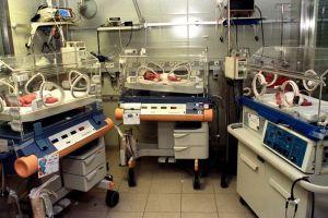 Madre da a luz a trillizos y todos sobreviven al coronavirus