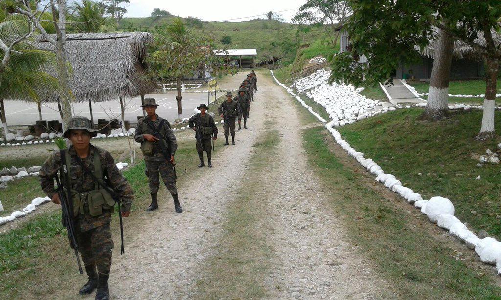 Por qué Guatemala desplegó 3 mil soldados en la frontera con Belice