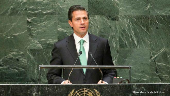 El presidente de México propone cambiar el enfoque en la lucha contra las drogas