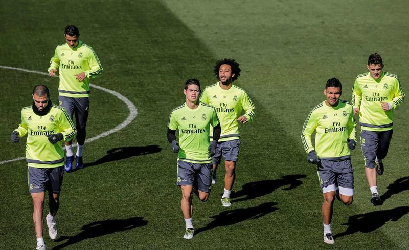 Real Madrid llega más entero al superclásico