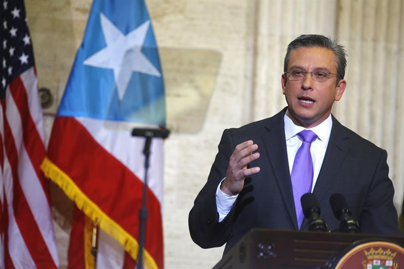 Gobernador de Puerto Rico lidera grupo a Washington para solucionar crisis fiscal