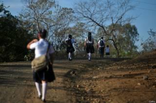 Por qué las niñas temen ir al baño en las escuelas de Nicaragua