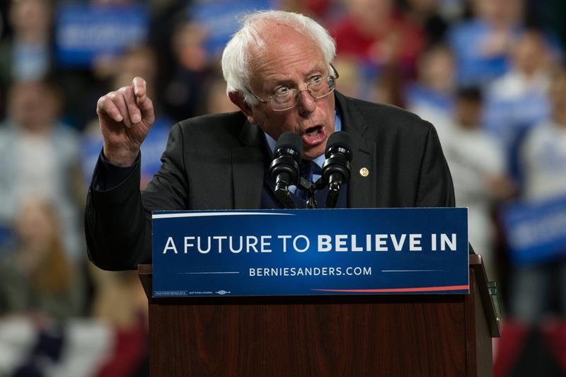 Sanders enumera los motivos que incapacitan a Clinton para ser presidenta de EEUU