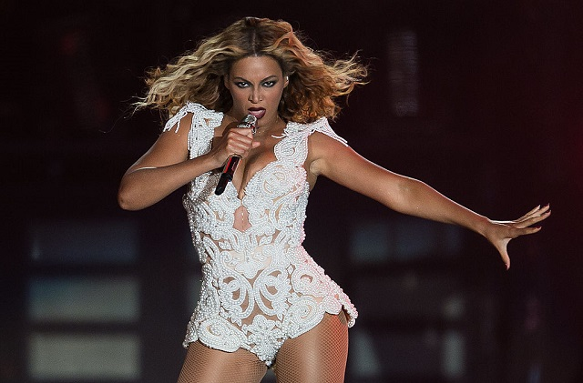 Beyoncé niega que promueva un mensaje antipolicial en video