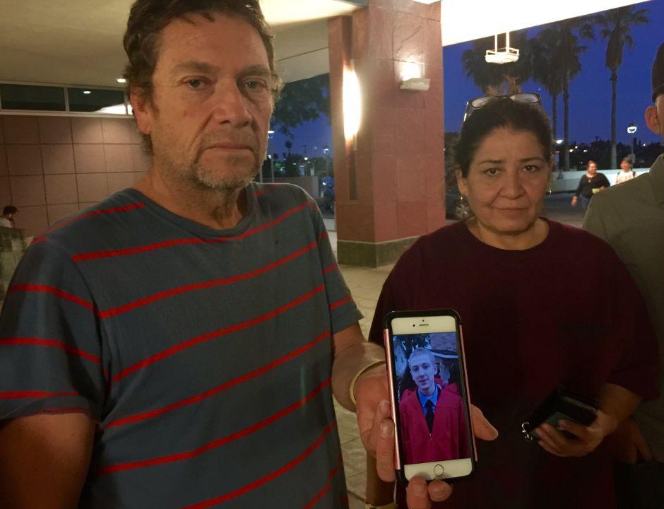 'Dejaron morir a mi hijo', dicen padres de Alan Sánchez