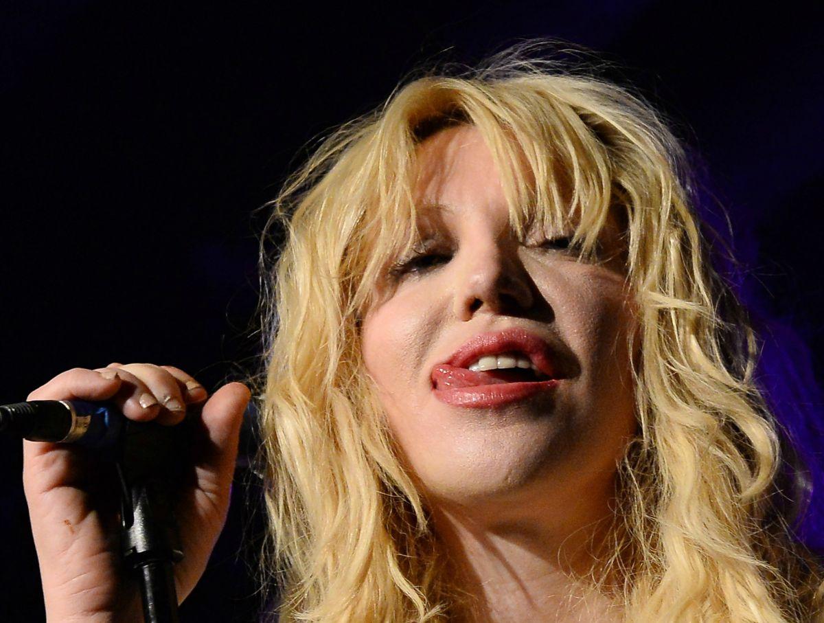 Courtney Love afirmó recientemente que había conseguido superar sus problemas de adicción gracias a su fe budista.