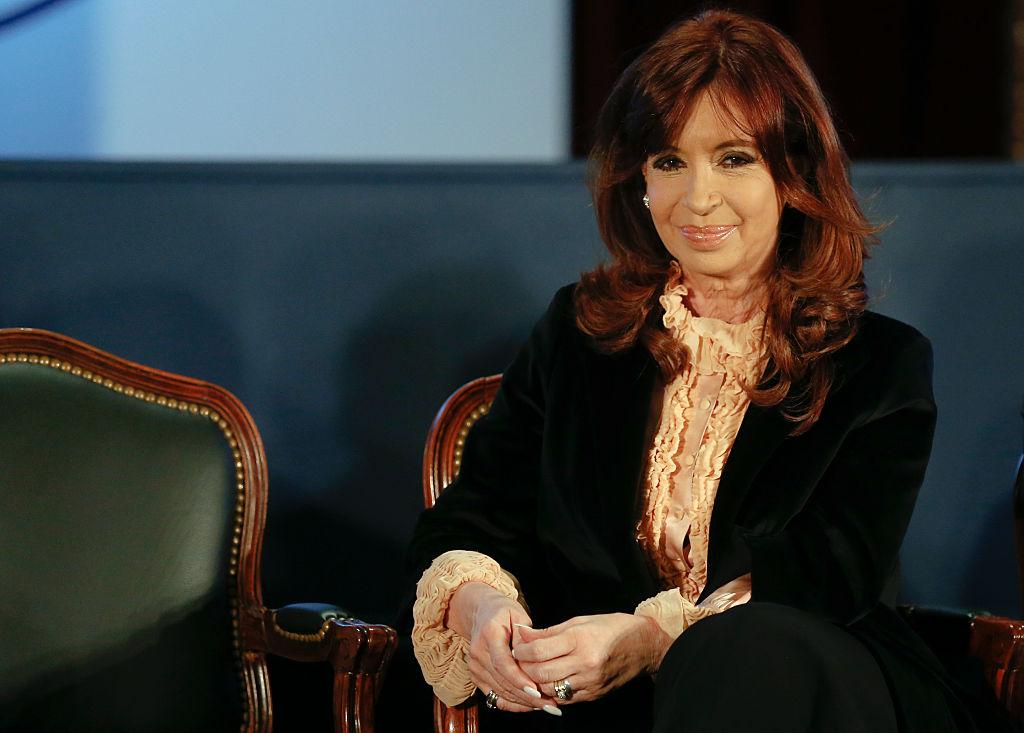 Investigan a expresidenta de Argentina en un caso de lavado de dinero