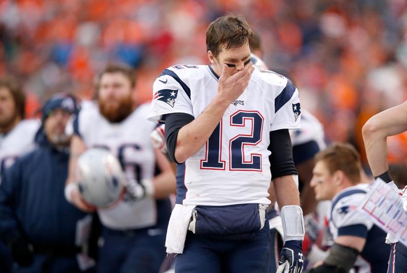 Brady tendrá que cumplir suspensión por el 'Deflategate'