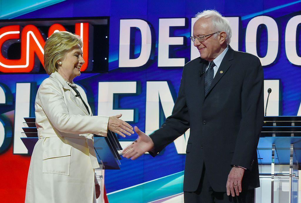 Hillary Clinton y Bernie Sanders en Brooklyn.