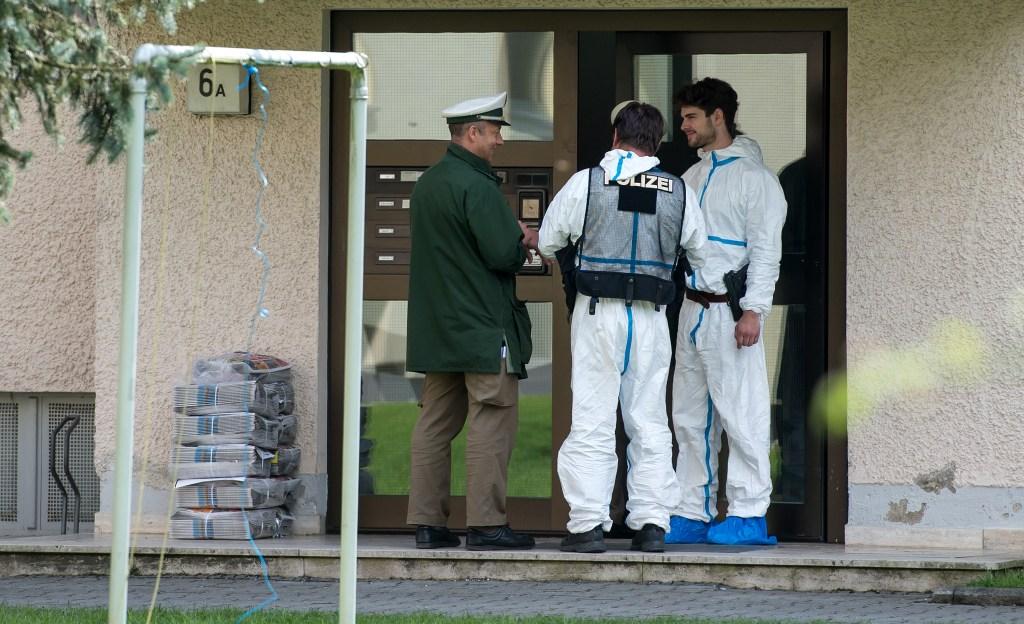 Personal sanitario descubrió el secuestro cuando acudieron a atender a la madre, que había sufrido un percance en el hogar.
