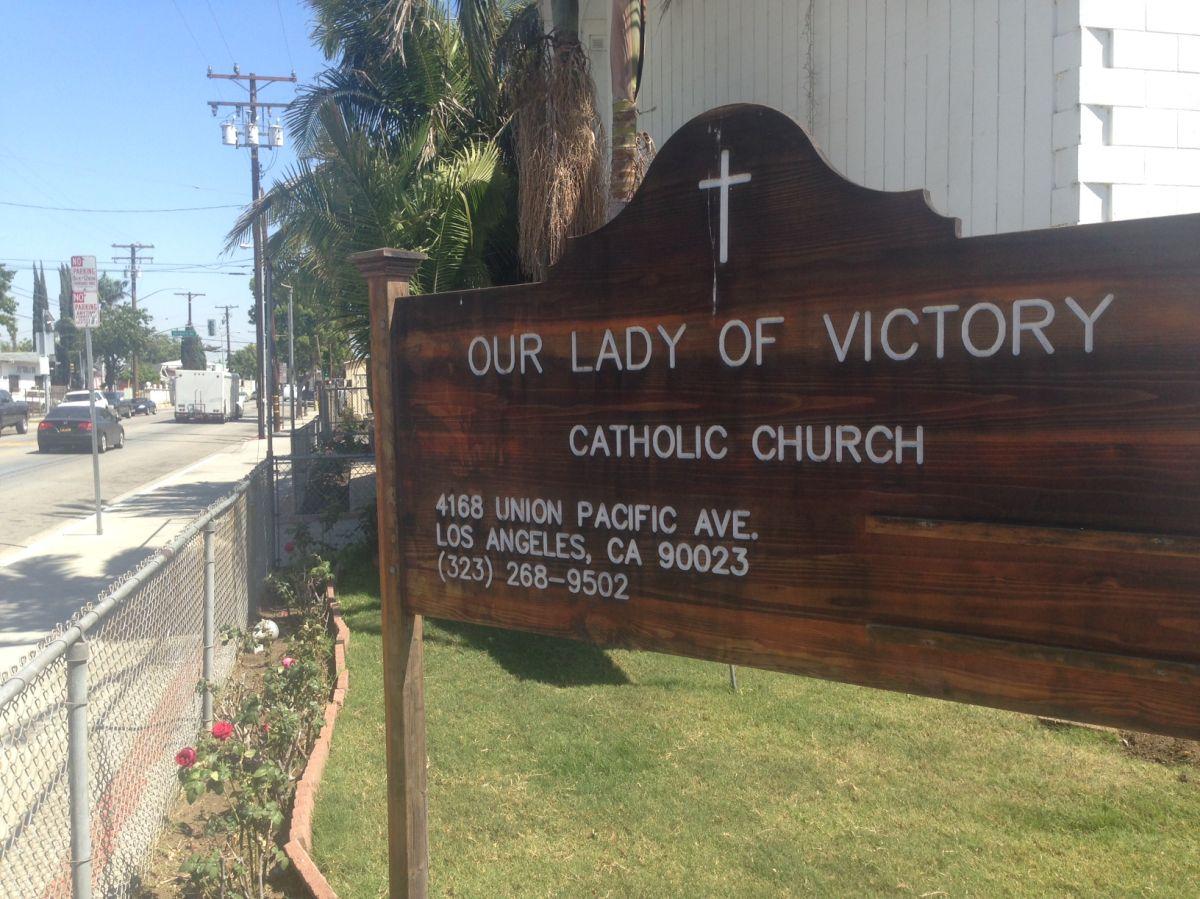 Hombre con martillo aterroriza a comunidad de East LA