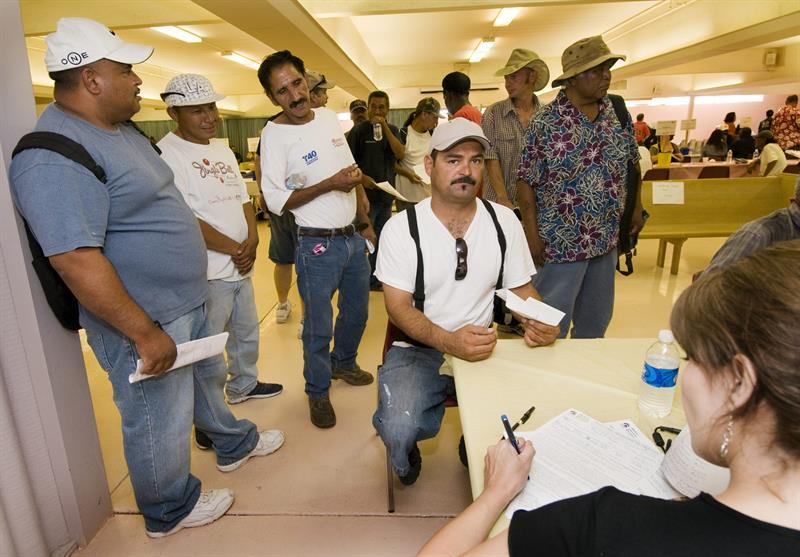 Crece número de estudiantes latinos desamparados en Colorado