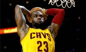 ¿Quién da más? una tarjeta de LeBron James podría romper la barrera del millón de dólares en una subasta