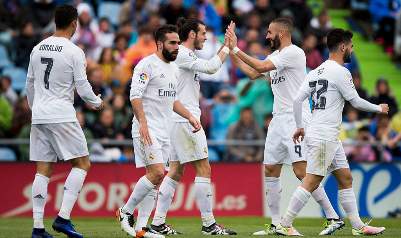 Real Madrid golea al Getafe y se pone a solo un punto del Barcelona