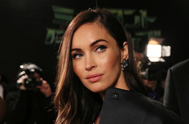 Megan Fox reacciona al cuestionamiento del padre de su tercer hijo
