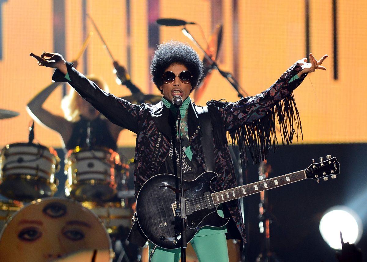 El mundo consternado tras conocerse la muerte de Prince